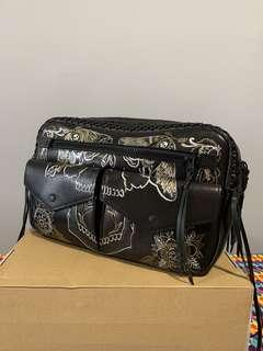 💯 Auth Coach limited edition waistpouch