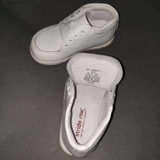 🚚 Stride rite男童學步鞋