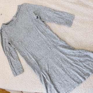 🚚 Gap 灰色基本款洋裝