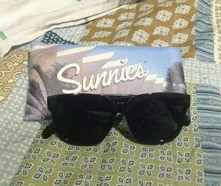 Sunnies Black Sunglasses