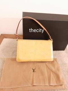 AUTHENTIC LOUIS VUITTON YELLOW VERNIS PATENT LEATHER POCHETTE BAG - RM 352 ONLY