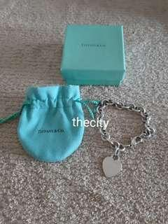 AUTHENTIC TIFFANY & CO. SILVER HEART BRACELET - WITH DUSTBAG AND BOX - (RETAILS AT AROUND RM 1400+) - RM 399 ONLY