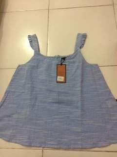 New with tag tops DUST JEANS