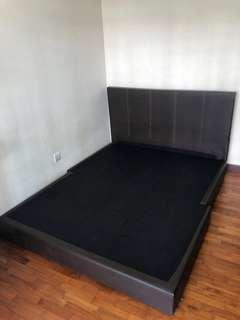 Queen Size Bed Frame(Include delivery)