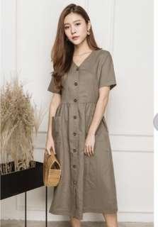 TSA label Ananya Buttoned Midi Dress