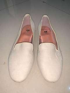 H&M flat shoes original