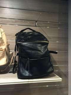 🚚 Black Backpack Taiwan