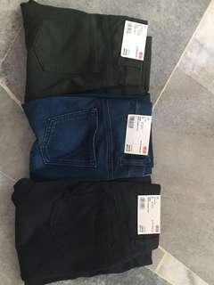 Uniqlo Printed Legging Pants