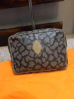 Authentic ysl pouch
