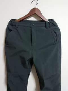 Winter waterproof trouser - velvet padded & zipped pockets.