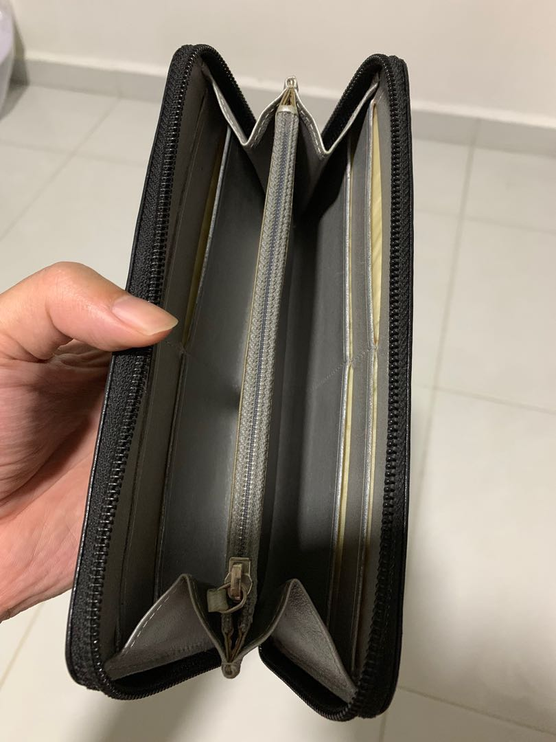 c2cc4196b71d Authentic Chanel Camellia L-Gusset Zip Long Wallet in black with original  MBS receipt and full box.