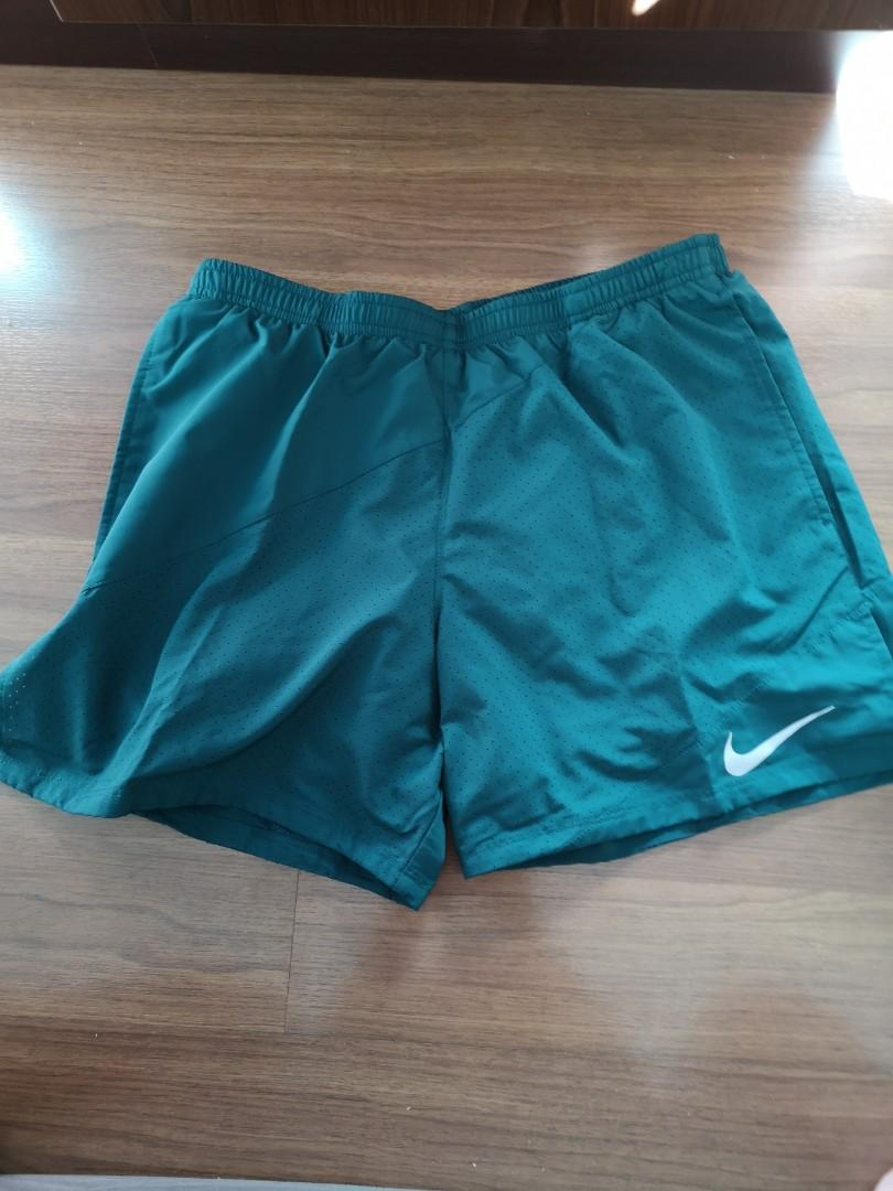 7521ba6e BNWT: men Nike running shorts XL, Sports, Sports Apparel on Carousell