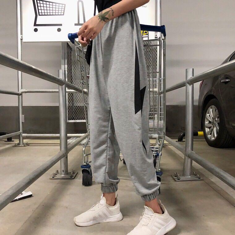 🌸[GREY / BLACK] Ulzzang Tumblr Casual Joggers Lightning