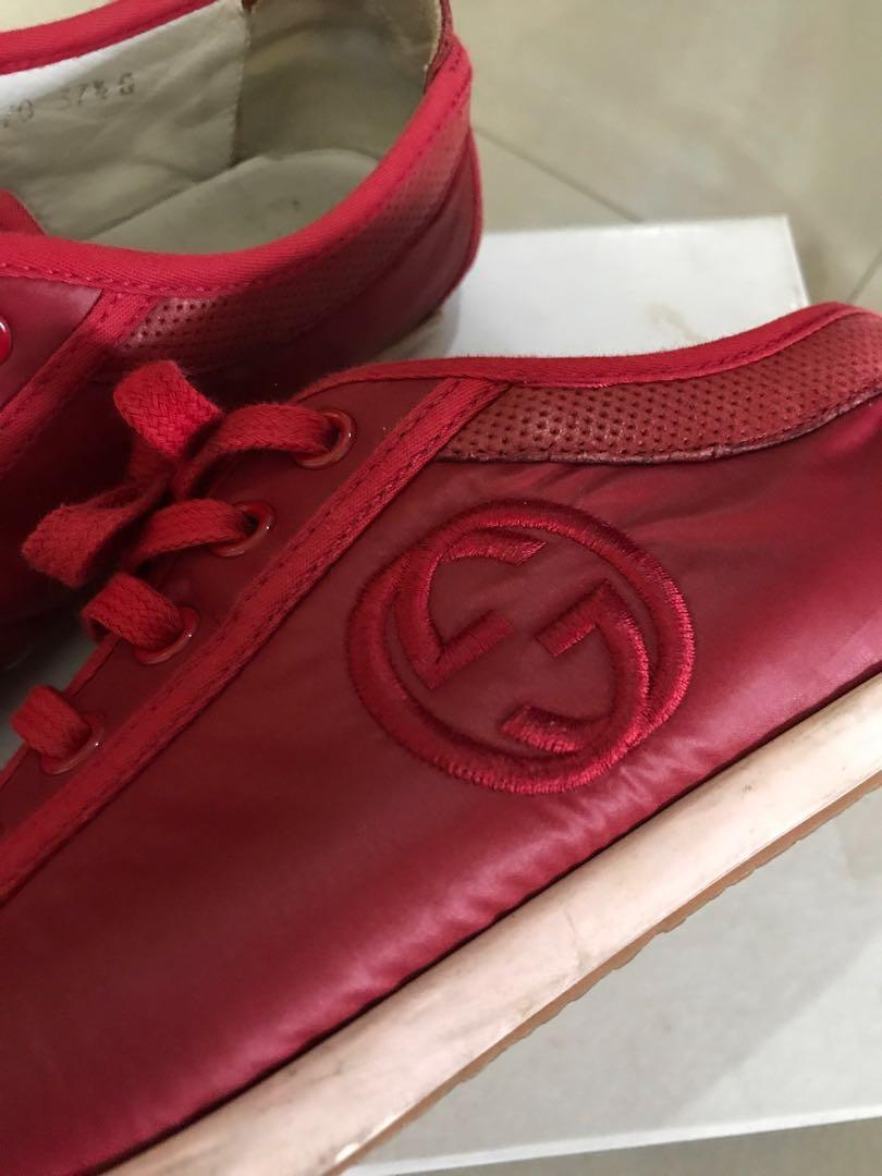 Gucci Red Sneakers (female). Size: 38