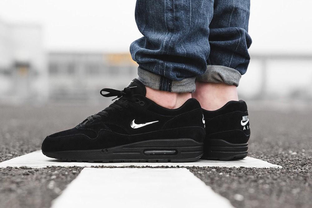 af04c8bf7b Nike Air Max 1 Jewel Black Chrome, Men's Fashion, Footwear, Sneakers ...