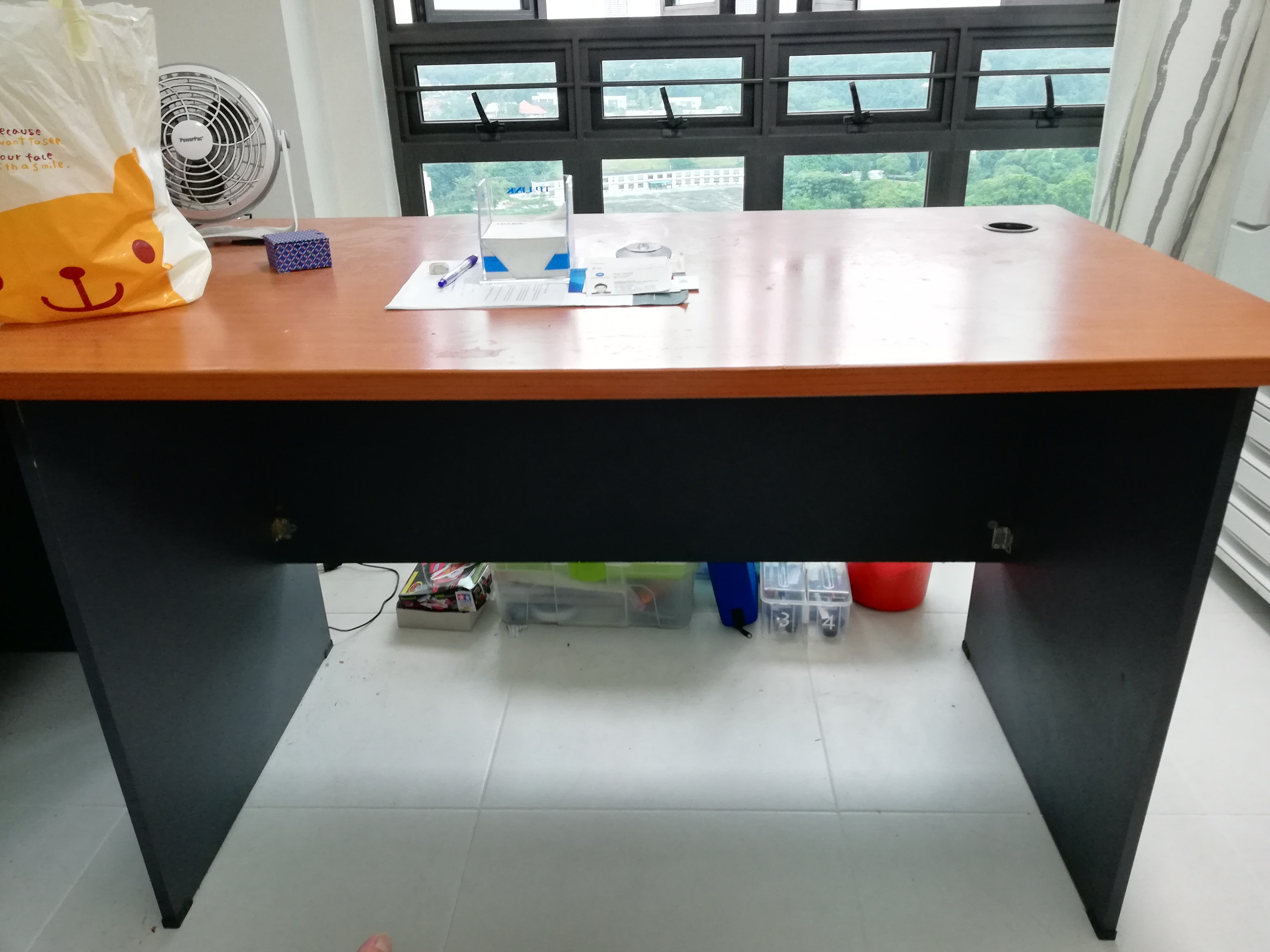 Office Table Furniture Tables Chairs On Carousell