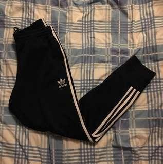 Adidas 三葉 深藍色束腳褲 L size