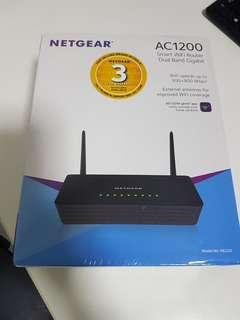 NETGEAR AC1200 Wireless Router