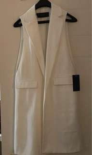 Zara - sleeveless long white vest