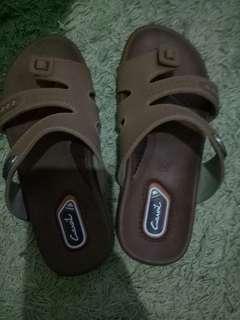 sandal anak sz.34 seperti baru