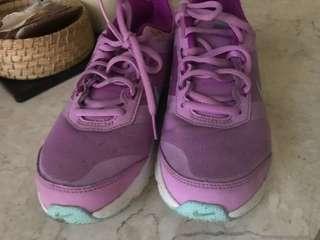 Nike air women purple