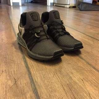 🚚 Nike Shod Gravity 彈簧鞋