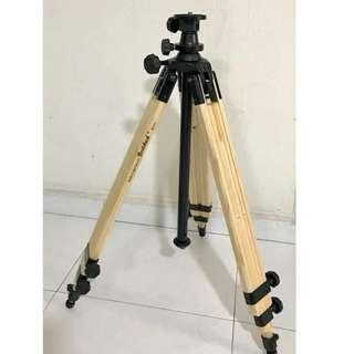 Berlebach Report 8043 Wood tripod