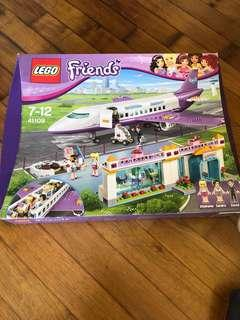 Lego 41109, Heartlake Airlines