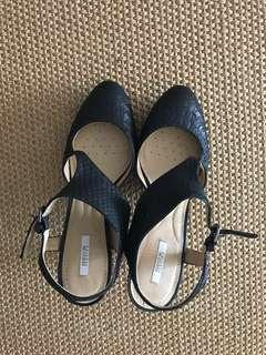 Ladies Geox Heels Black sz37 brand new