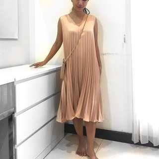Flare Dress Peach Gold Gatsby Party
