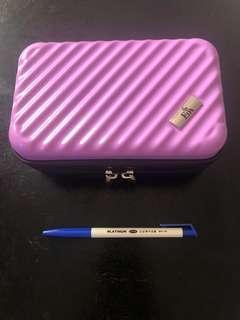 🚚 硬殼旅行箱造型化妝包