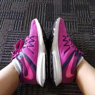 Sepatu Lari / Running Shoes / Sepatu Gym / 2019