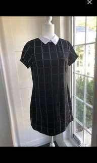 Peter Pan Collar black dress size xs