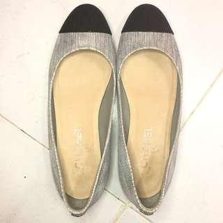 Preloved Chanel Flat Shoes Authentic