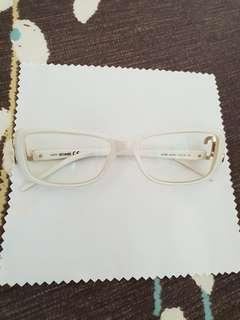 White JC Eye Glasses Frame
