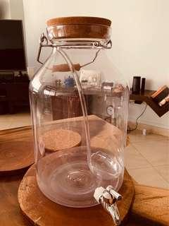 Crate & Barrels Cocktail dispenser (full set with ladle)