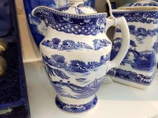 VINTAGE Rington cocoa pot blue and white