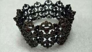 Victoria Night Bracelet