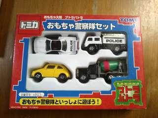 Tomy車仔police 一套四架