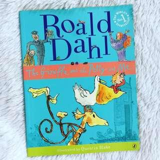 Roald Dahl - The Giraffe and The Pelly and Me - Story Book