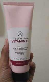 Facial wash Vit E