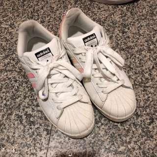 🚚 Adidas炫彩貝殼鞋/金標貝殼鞋