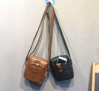 🚚 韓式作風 超極簡潮流小側背包