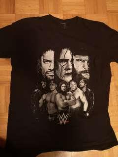 WWE t-shirt- medium