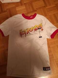 WWE Rhonda Rousey t-shirt- small