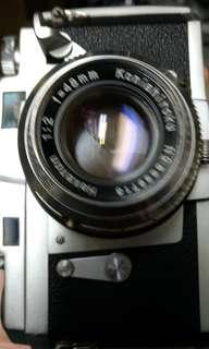 🚚 底片 單眼相機 經典 konica f2 iii 含背帶 保護鏡 無前蓋