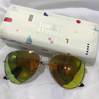 Preloved Sunnies Sunglasses with Hard Case