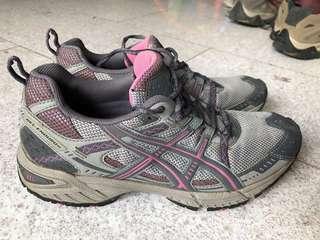 ASICS sports shoe