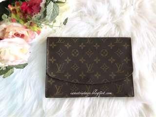 Louis Vuitton Pochette Rabat Clutch (VINTAGE)