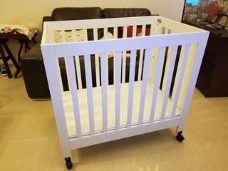 Babyletto 嬰兒床